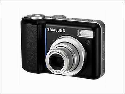 1G存储卡白送三星800万数码相机1990元