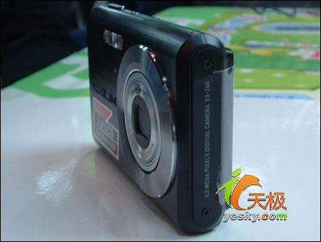 死磕索尼T5卡西欧Z60轻薄相机仅2100