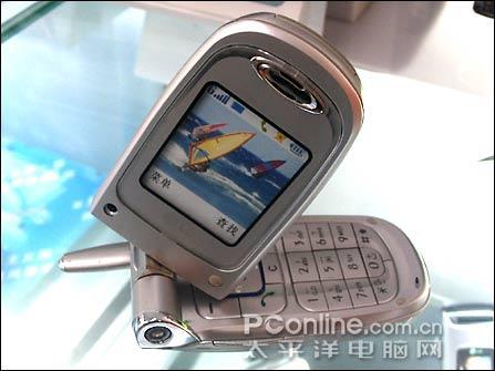 绝对抢手LG双彩旋屏拍照手机降到1080元