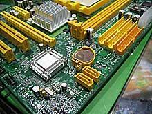 国内首片DVI接口C51G双敏UC51GM7-D到货