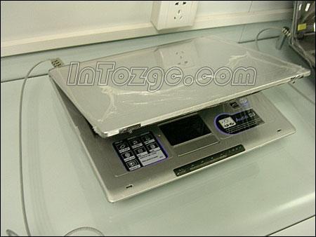 华硕奔腾M740加X700宽屏笔记本售8888