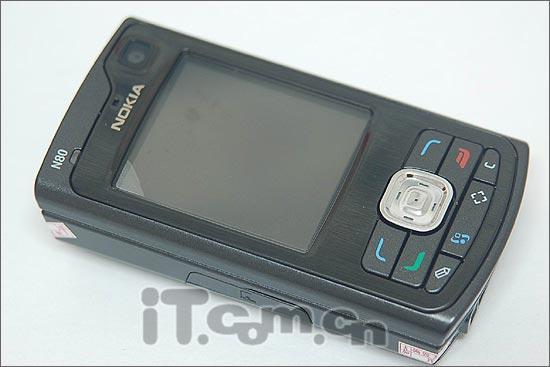 精巧滑盖诺基亚320万像素N80仅售5580元