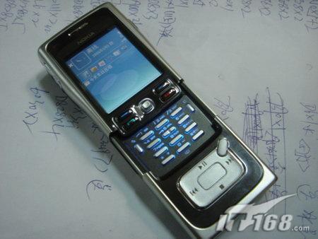 智能旗舰诺基亚4G硬盘手机N91高价到货