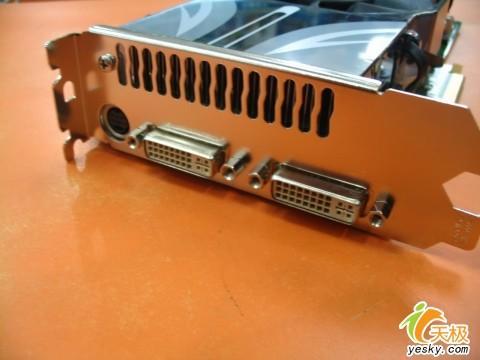 高昂售价丽台7900GTX512MB版显卡到