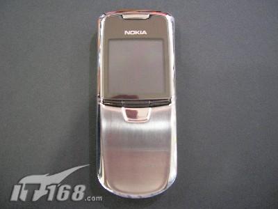 独特魅力诺基亚50万像素8800仅售6250元