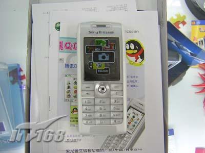 昔日明星索爱直板设计T628仅售1099元