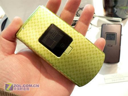 3G折叠手机NEC二百万像素N902iS曝光