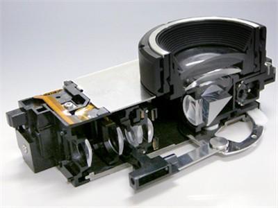 TZ1的镜头结构剖面图-选十倍轻薄长焦 松下TZ1对决柯达V610