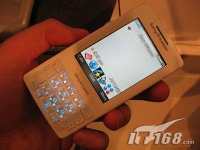 索爱M600上市商务智能手机市场短兵相接