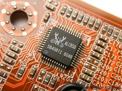 双核805猛超4GHz!英特尔NF4深入试用