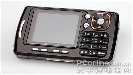 手机还是照相机?泛泰PG8000再次到货