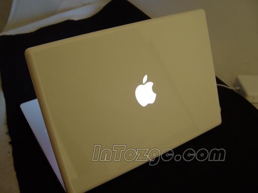英特尔版苹果,双核MacBook近距离写真