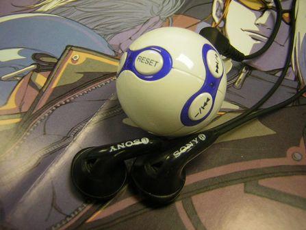 用世界杯足球听音乐实捷推出球型外观MP3