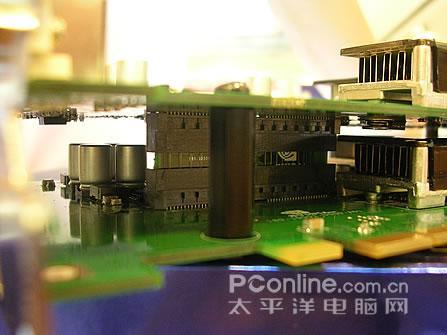 双GPU+1G显存!七彩虹7950GX2隆重上市!
