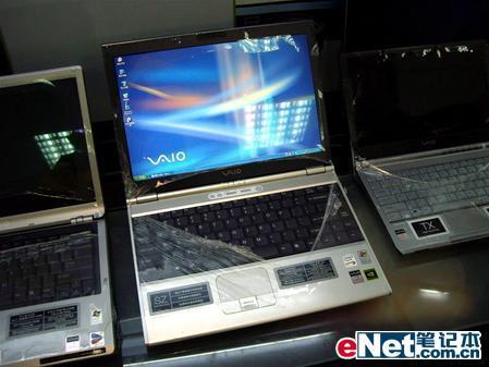 奇特的双显卡笔记本索尼SZ13C降1千元