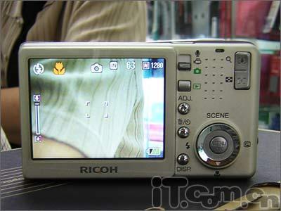 升级简单像素理光新机R40低价格卖