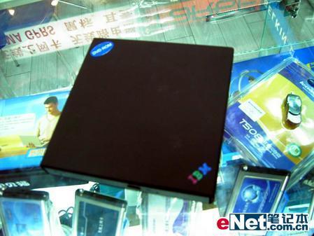 让笔记本再青春原装IBM外置DVD促销
