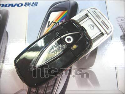 联想百万像素滑盖手机V707低价热卖中