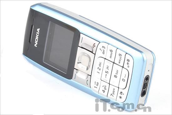 简约直板诺基亚入门级FM手机2310评测(2)