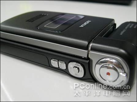 高品质光学镜头诺基亚320万像素N93卖5590