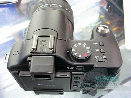 远程射击利器松下FZ30相机卖5200元