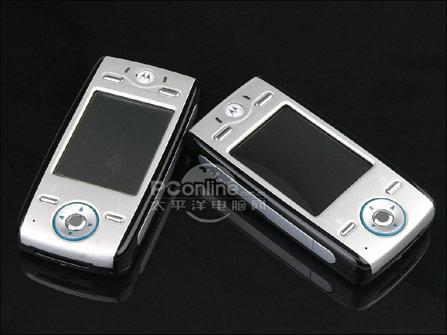 非常超值摩托罗拉游戏手机E680g售2480