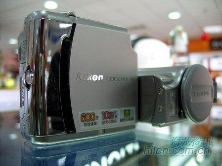 长焦价格走高尼康S4数码相机报价2600元
