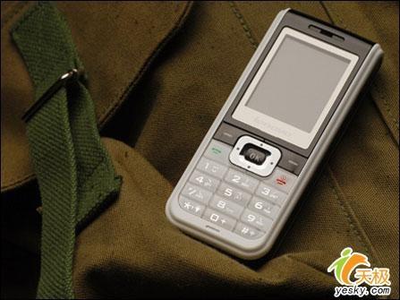 主打性价比联想夜明珠手机i360不足千元
