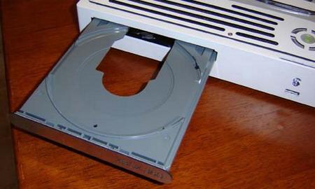 视频曝光微软Xbox360竟变身成条记本