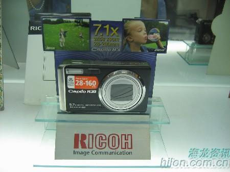 小身材微矩不俗理光R30相机只卖2050