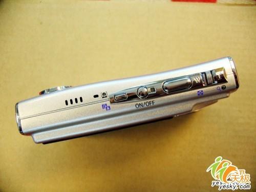 600万卡片DC降价尼康S9卖场促销送卡