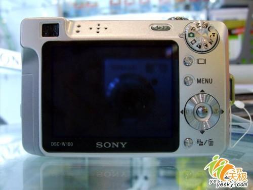 高像素高感光索尼W100仅2600元还送卡