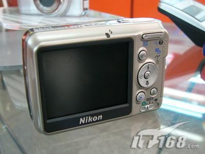 家用DC待机典范尼康L6相机降价百元