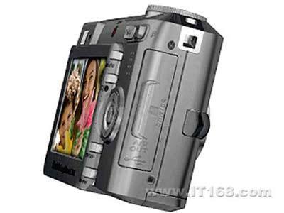 700万像素家用柯达C743相机仅1399元
