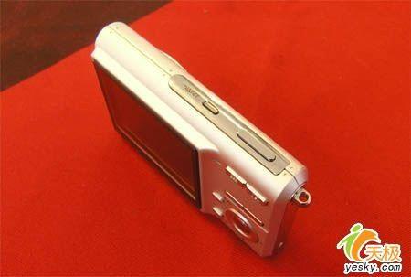600W超薄卡片卡西欧Z60特价1600元