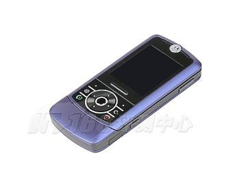 靓丽风情摩托超薄滑盖手机Z3评测