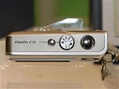 玩高台跳水富士F30相机直降近两百元