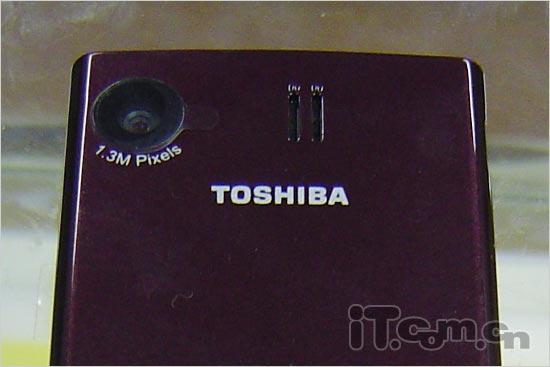 百万像素东芝超薄直板手机TS32到货
