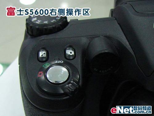 热销的廉价长焦相机富士S5600价格小降(2)