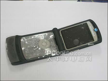 刀锋经典 摩托罗拉超薄翻盖V3仅1180_手机