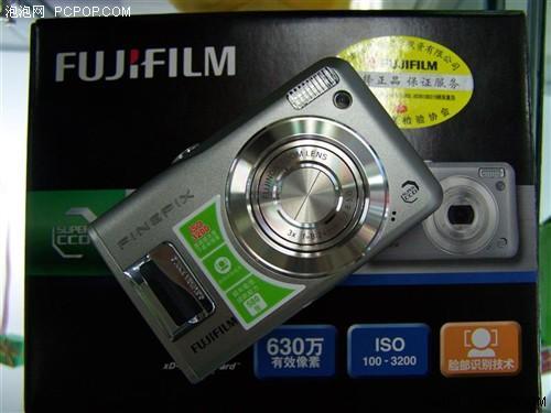 新春佳节买机忙2000元主流数码相机热荐(4)