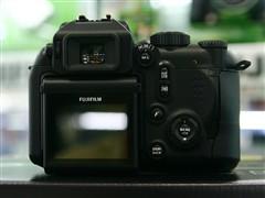 富士唯一涨价数码相机S9600上调60元