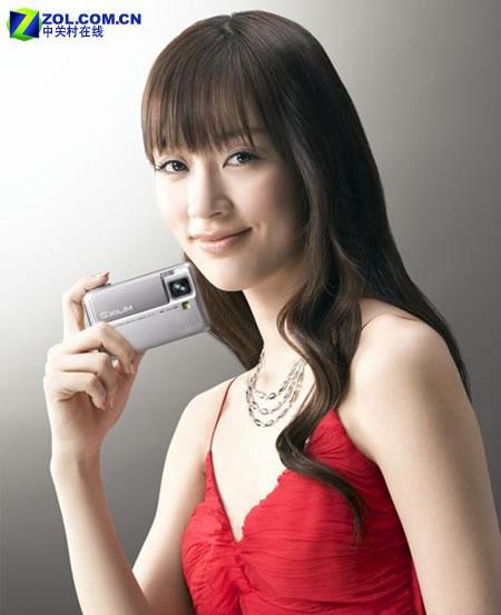 新品即将开卖卡西欧V7相机代言人登场