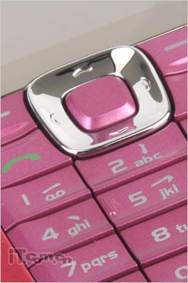 高雅粉色情缘诺基亚直板手机2626评测(5)
