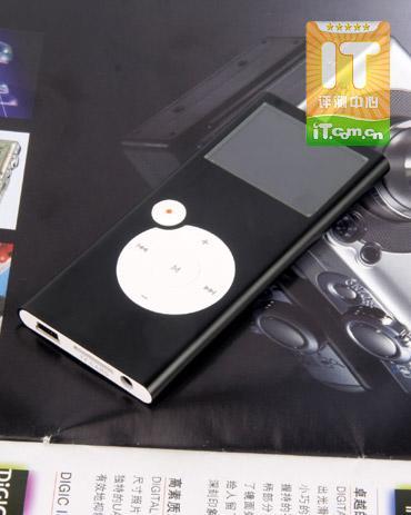 厚度不足7毫米蓝魔绚彩MP3播放器Q13评测