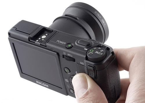 经典相机不容错过理光GR-D跌破4000元