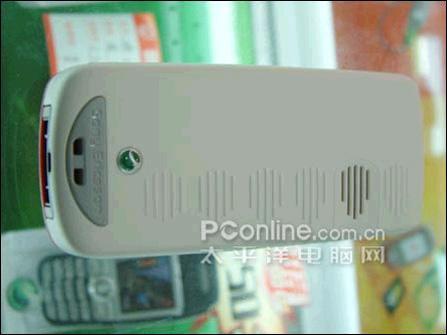 低端恶战索爱FM收音彩屏J230c卖530