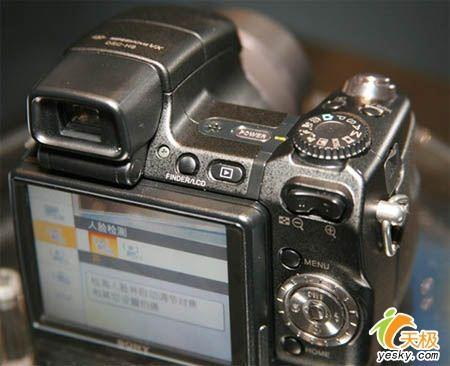 ...H9上面.H9还配备了已经在索尼消费级相机上