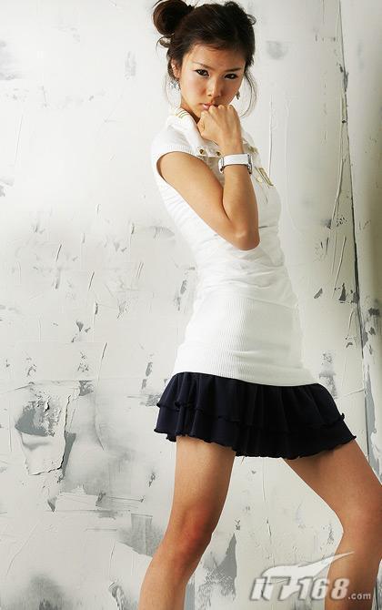 实拍韩国美女 性感情趣pose大集结
