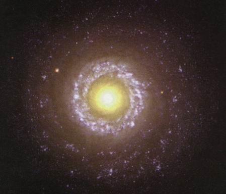 图文:飞马座(Pegasus)中的旋涡星系NGC7742